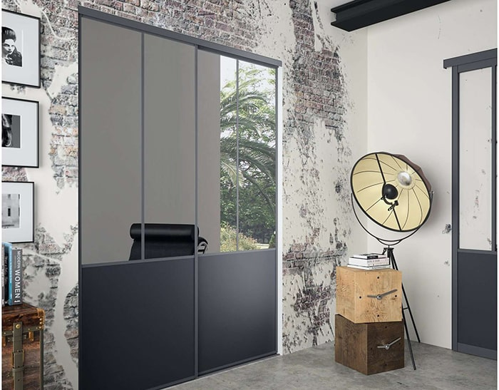 Porte d'entrée coulissante PVC noire moderne