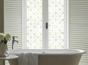 fenêtre opaque à motifs
